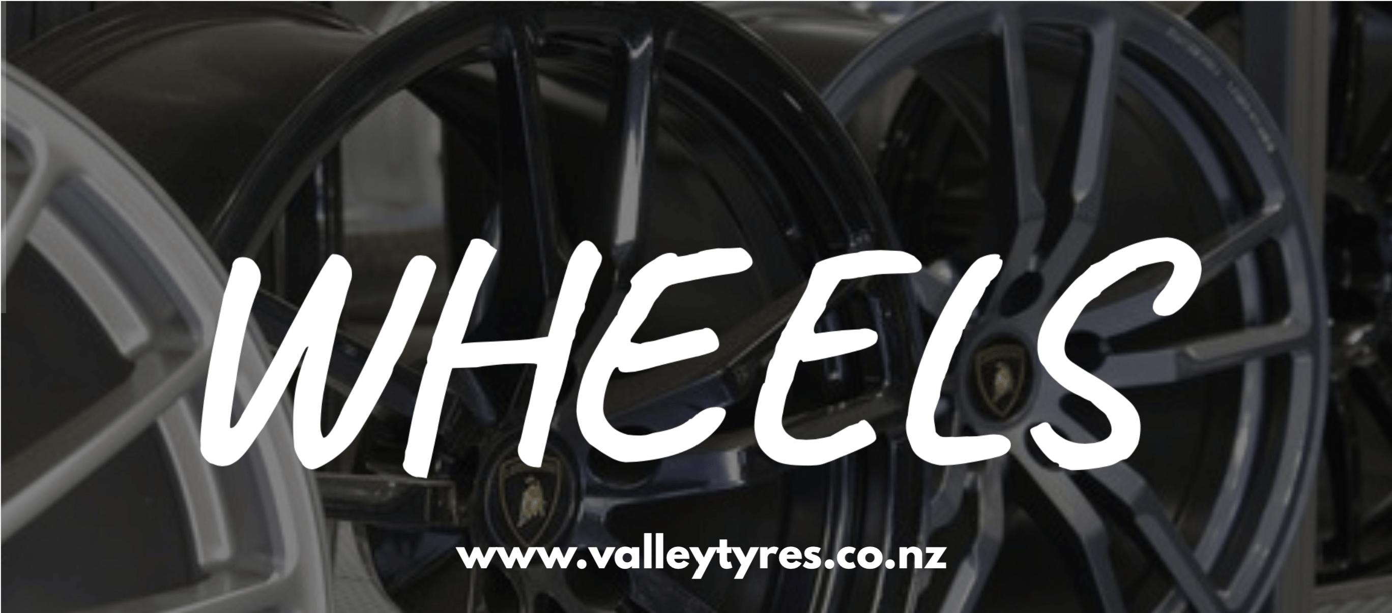 Alloy wheel - Tire